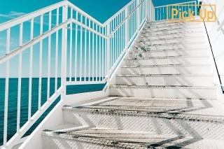 stairs-677699_320_mini